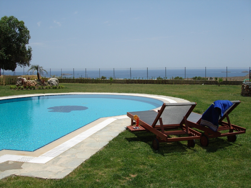 Seaview Villas - Pool with amazing sea views
