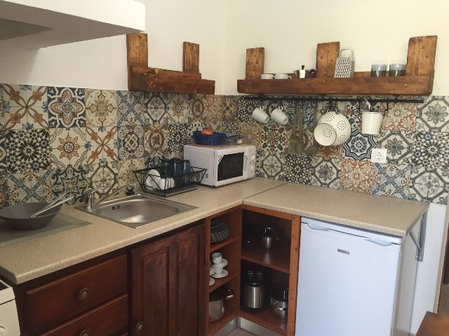Lindos Spitaki - Beautiful fully equipped kitchen