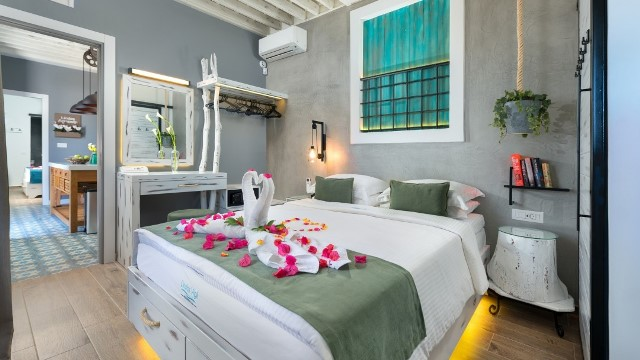 Lindos Villa Vigli - Double bedrooms both have coco mat mattresses for a comfy nights sleep