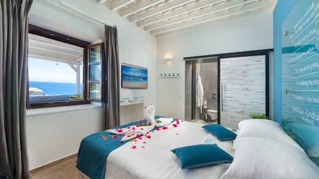 Lindos Villa Vigli - Double bedroom light and airy with a view