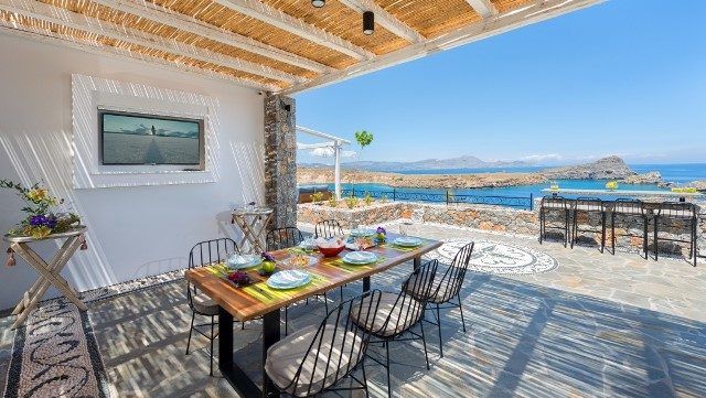 Lindos Villa Vigli - Outside dining area with a fabulous sea view
