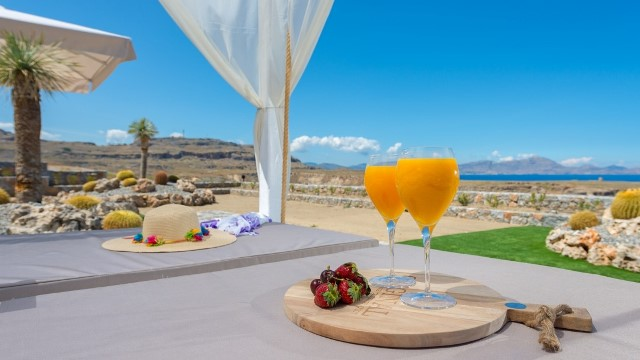 Lindos Vigli Villa - enjoy a drink whilst lying in the sun