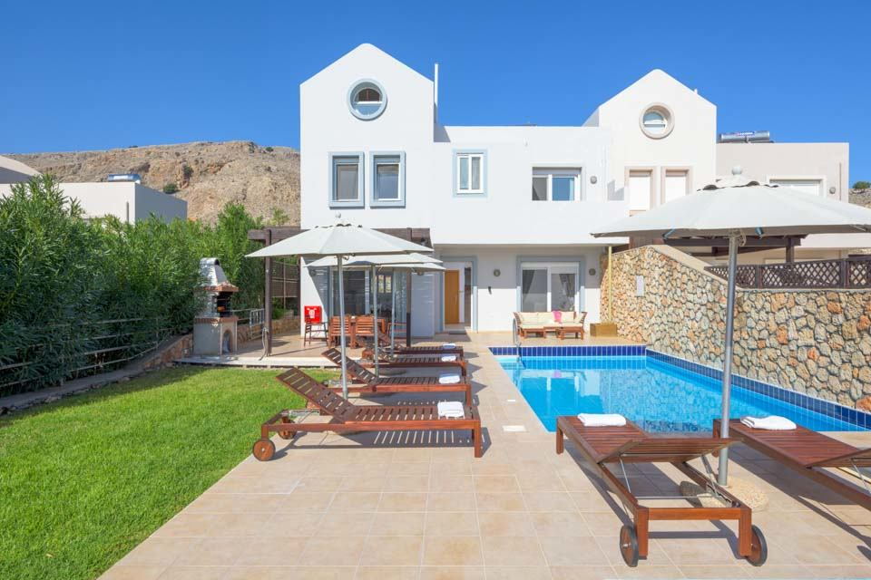 Villa Aphrodite Navarone Bay Lindos Pool and terrace